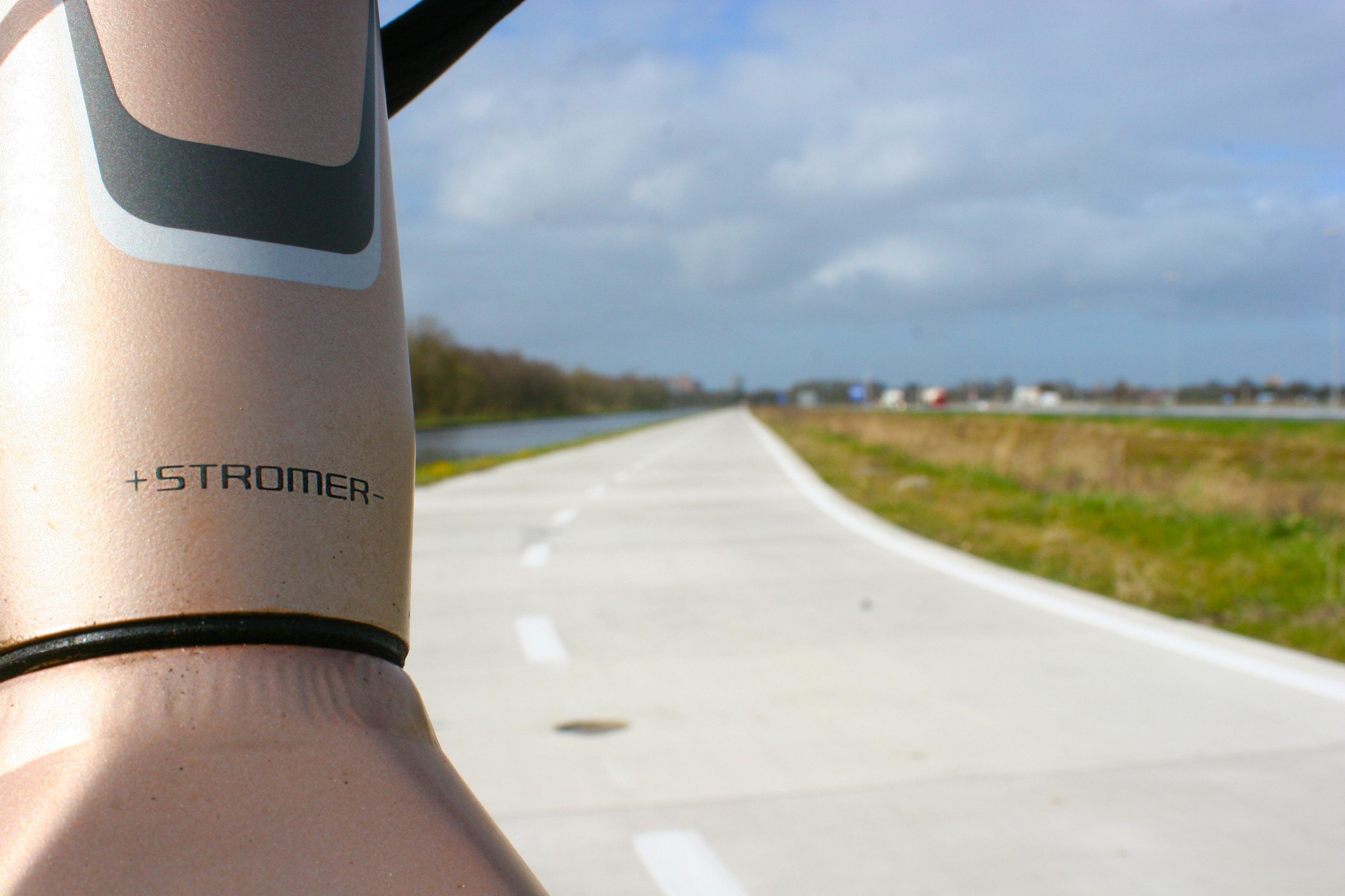 Stromerlogo op ST1x Fietssnelweg Haren Egberts Fietsen Groningen